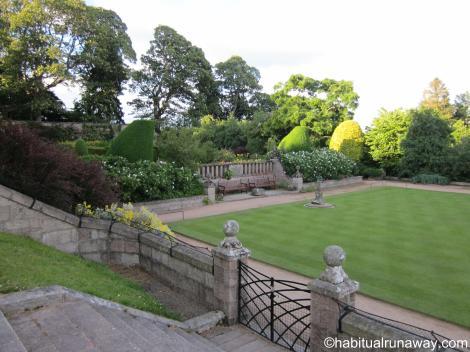 Crathes Beautiful Yard