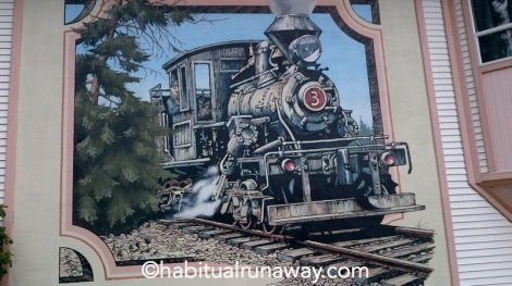 Train mural Chemainus