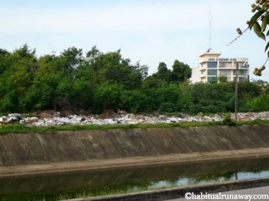 Garbage Along the Klongrien