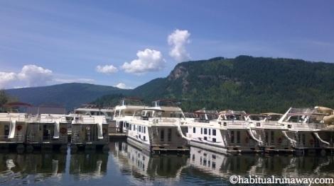 Houseboating The Shuswap