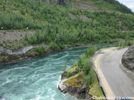 Teal Water Revelstoke Dam