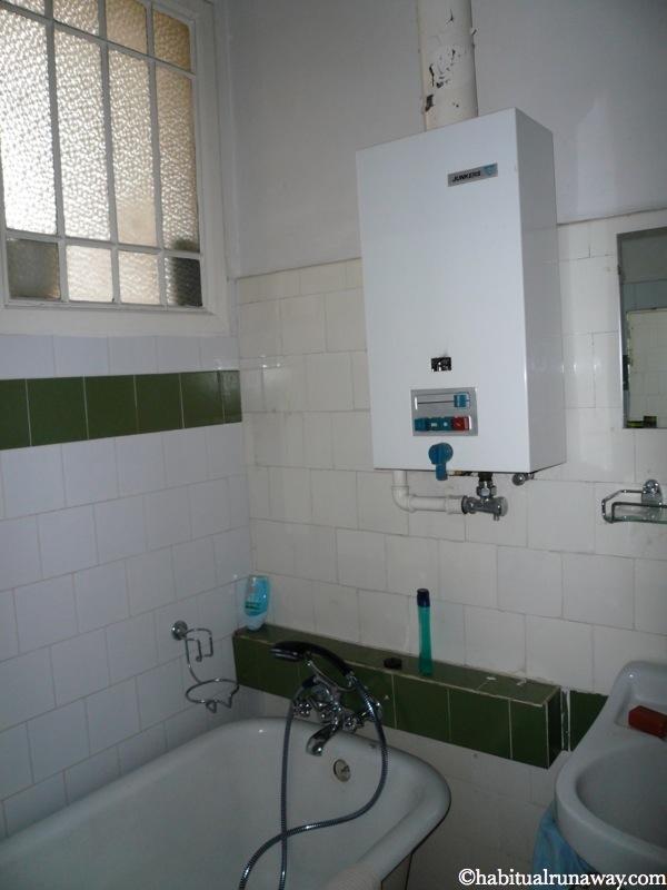 Bathroom Water Tank Vienna