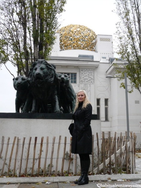 Infront Of The Klimt Museum