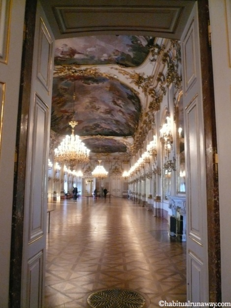 Ballroom Schonbrunn